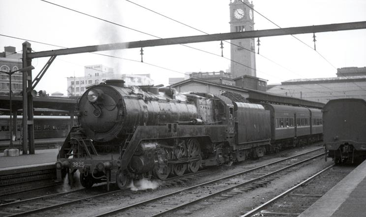 3825 steam train stories sydney terminal moss vale passenger 49 south