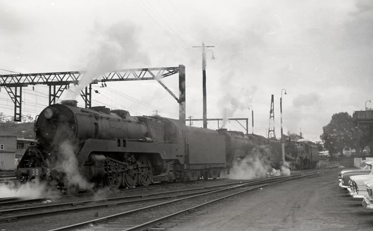 3827 3813 3820 gosford loco steam trains locomotive