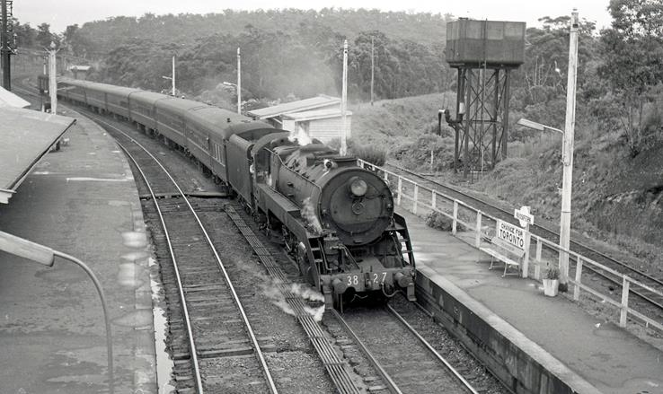 3827 newcastle flyer fassifern 1968 nsw steam train stories