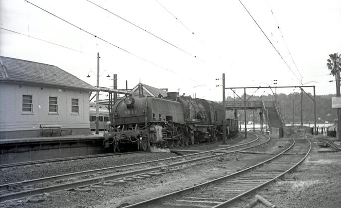 6013 nsw steam engine hawkesbury river 1966