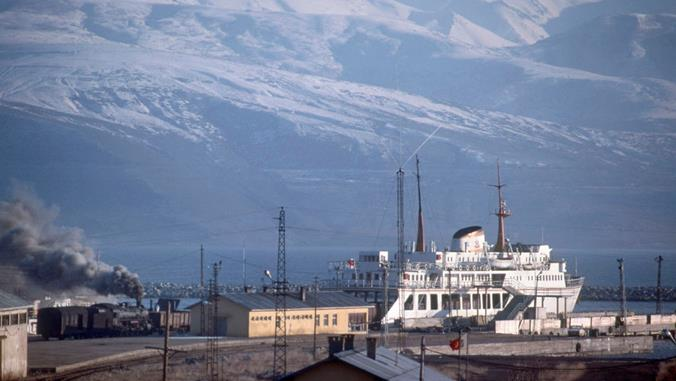 eastern turkey lake van ferry middle east 2-8-2 steam locomotive