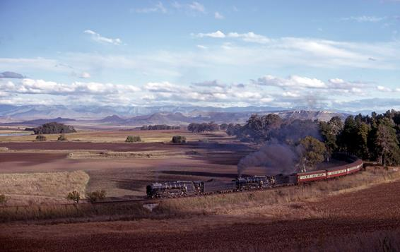 double 25NC bethlehem line south africa steam train