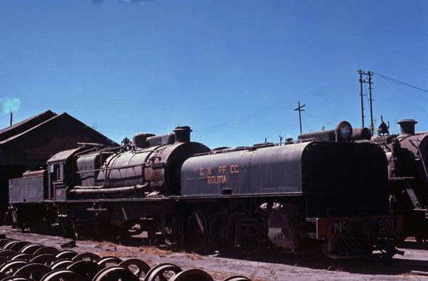 4-8-2 + 2-8-4 Garratt Uyuni Bloivia steam engine