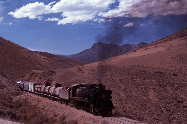 Hitachi 2-8-2 668 steam train engine bolivia south america Uyuni Potosi
