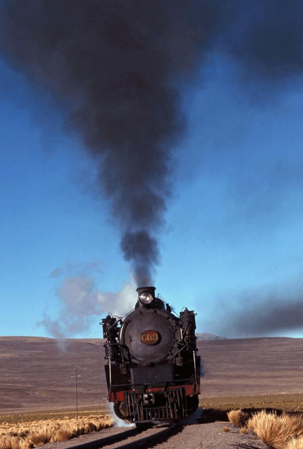 Rio Mulatos Blivia hitachi 2-8-2 steam engine