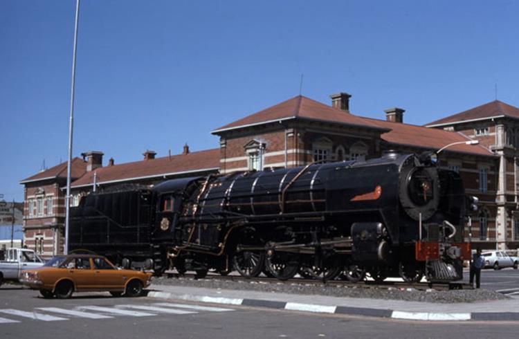 16E south africa steam engine bloemfontein