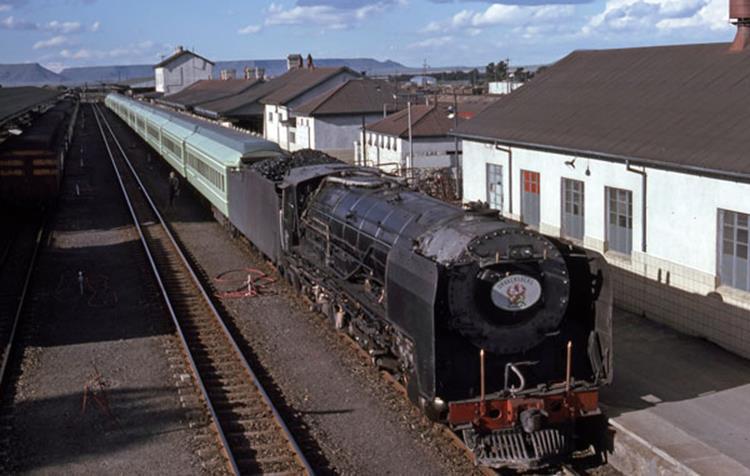 de aar 25nc 3441 south africa steam train engine loco drakensburg