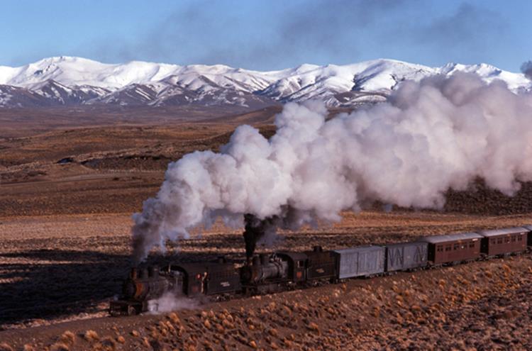 esquel henschel steam locomotive argentina patagonia