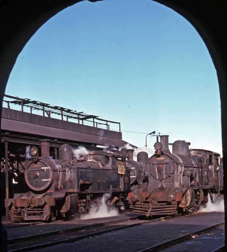 ferrocarile roca argentina steam train steam engine depot bahia blanca south america steam