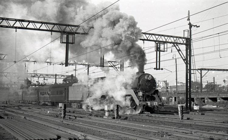 3813 49 moss vale train 1969 sydney terminal