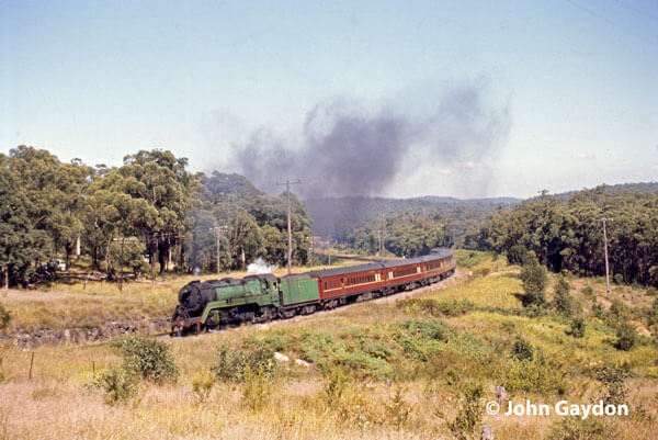 3813 newcastle flyer fassifern 1970 nsw steam train