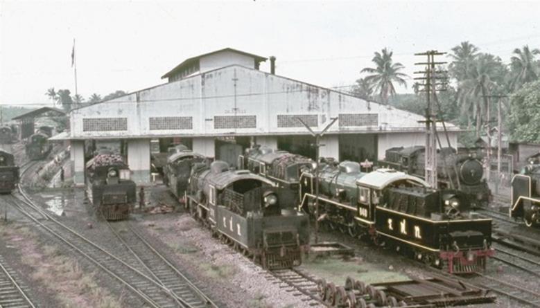 haad yaai thailand steam trains loco depot