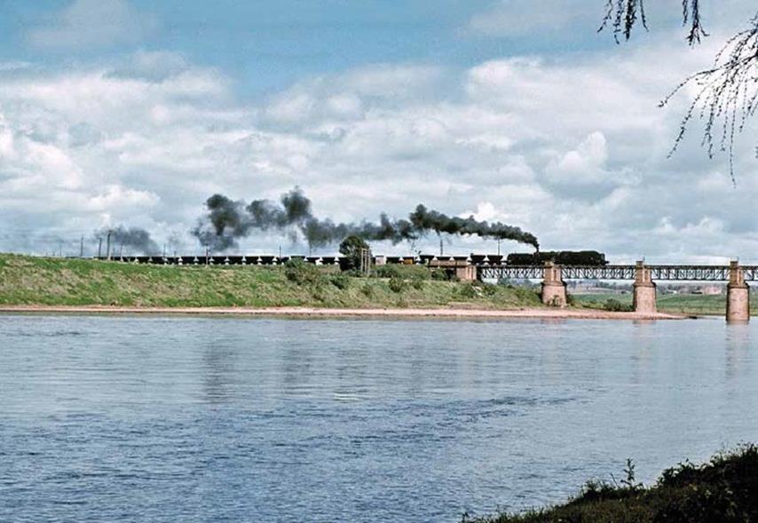 hunter river bridge singleton AD60 coal train