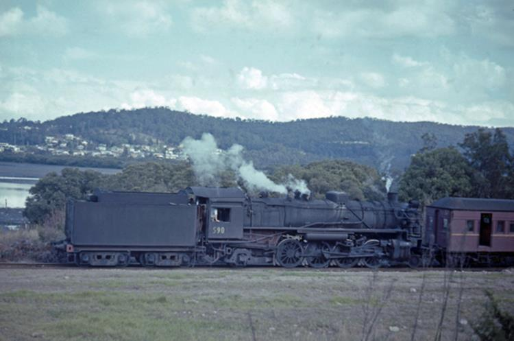 gosford racecourse siding 5905 steam train